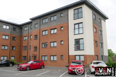 Property to rent in Mulberry Crescent