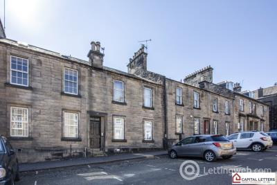 Property to rent in Queen Street, Stirling Town, Stirling, FK8 1HL