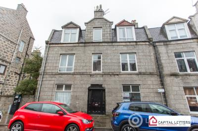 Property to rent in Wallfield Place, Aberdeen, AB25 2LJ