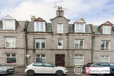 Property to rent in Wallfield Place, Aberdeen, AB25 2JQ