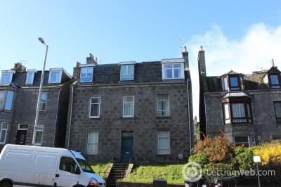 Property to rent in Victoria Road, Aberdeen, AB11 9NJ