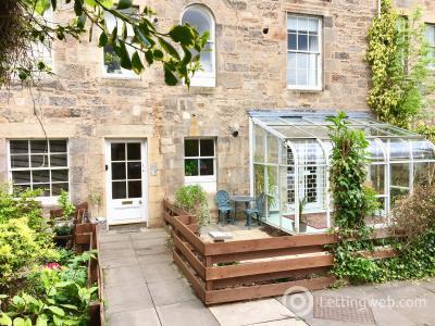 Property to rent in East Silvermills Lane, Stockbridge, Edinburgh