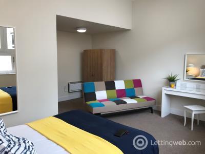 Property to rent in Causewayside, Newington, Edinburgh