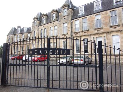 Property to rent in Giles Street