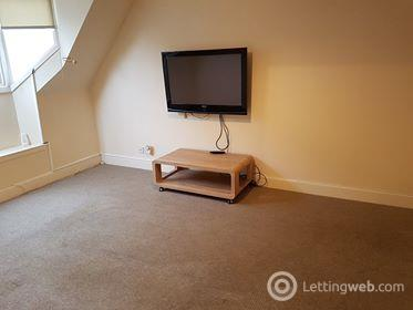 Property to rent in Flat 4, Lindsay Court, 250 High Street, Perth, PH1 5QJ