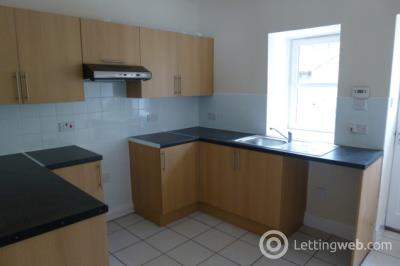 Property to rent in 2 Millhaugh Cottages