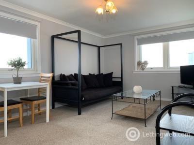 Property to rent in Promenade Court, Aberdeen