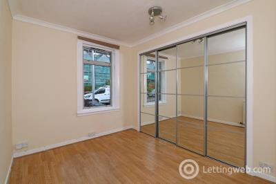Property to rent in 8 Kenmore Terrace