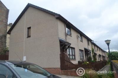 Property to rent in Rosebank Terrace