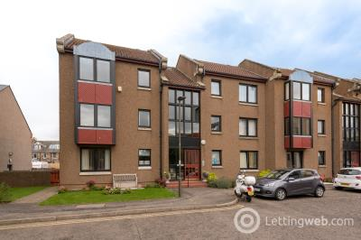 Property to rent in 2/1 Barsworth Gracefield Court, Musselburgh