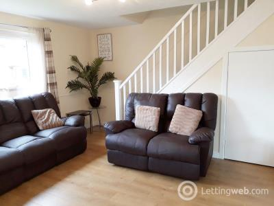 Property to rent in 14 Stoneybank Court
