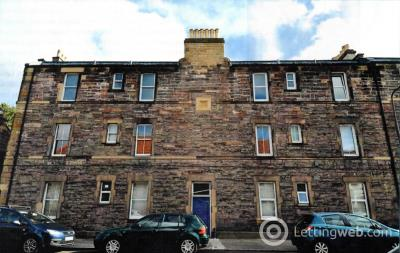 Property to rent in 42L Millhill Musselburgh