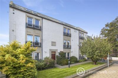 Property to rent in 3/14 Bridge Street Musselburgh