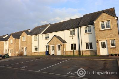 Property to rent in 14 Woodland View