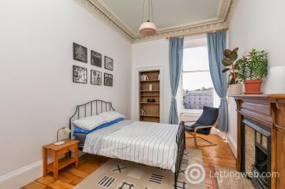 Property to rent in Elm Row, Leith Walk
