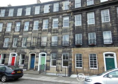 Property to rent in Gardner's Crescent, Edinburgh
