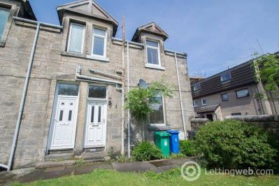 Property to rent in 8A Ross Lane, Dunfermline, KY12 8EA