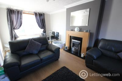Property to rent in South Street, Cowdenbeath, Fife, KY4 8JT