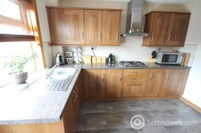 Property to rent in Swintons Place, Hill of Beath, Fife, KY4 8DS