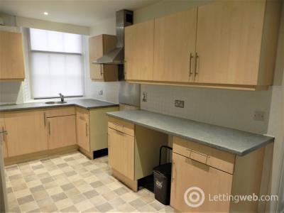 Property to rent in High Street, Kirriemuir, Angus, DD8 4EG