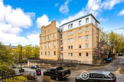 Property to rent in Alfred Terrace, Hillhead, Glasgow, G12 8RG