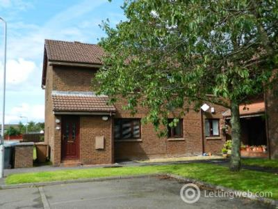 Property to rent in 35 Woodmill, Kilwinning