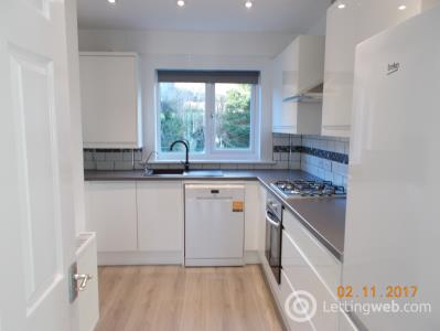 Property to rent in 21E King Street, Newmilns