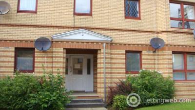 Property to rent in 3 Grovepark Gardens