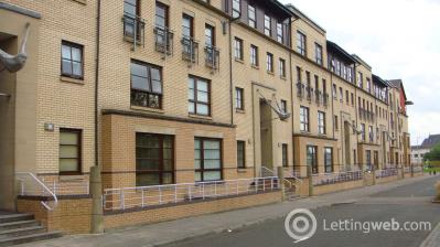 Property to rent in 11 Kidston Terrace