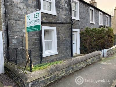 Property to rent in 12 Young Street, Peebles