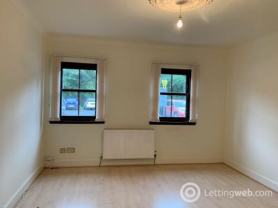 Property to rent in Lower Kirkside