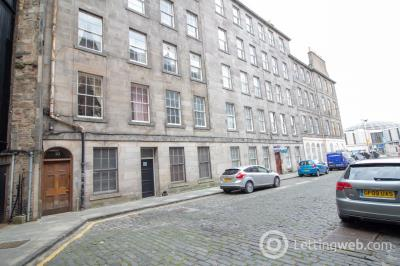 Property to rent in Brighton Street, Newington, Edinburgh, EH1 1HD