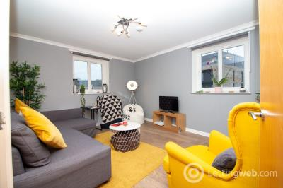 Property to rent in Allanfield Place, Hillside, Edinburgh, EH7 5AG