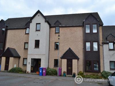 Property to rent in 27 Walker Court, Forres, IV36 1ZQ