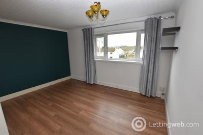 Property to rent in Mackintosh Road, Inverness