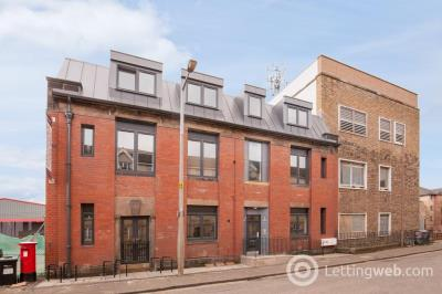 Property to rent in Russell Road