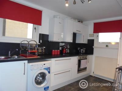 Property to rent in Kingsknowe Place