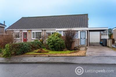 Property to rent in Barnton Park Avenue, Barnton, EH4 6HE