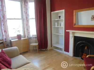 Property to rent in Marionville Road