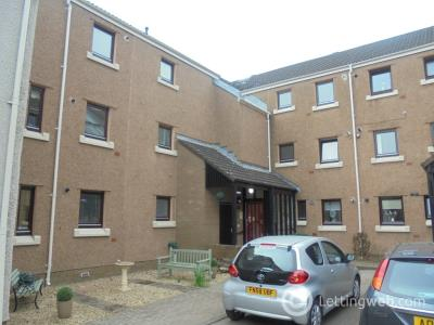Property to rent in Rose Park, Trinity, EH5 3ST