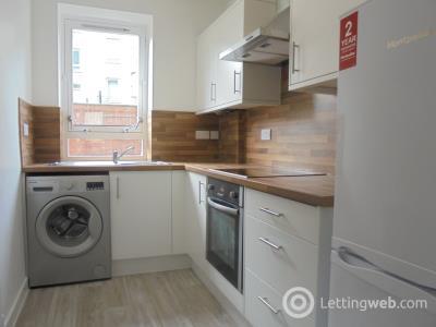 Property to rent in Loganlea Terrace, EH7 6NT