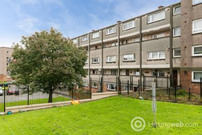 Property to rent in Northfield Drive, Edinburgh, EH8 7RP