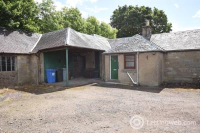 Property to rent in Newmains Home Farm, Douglas