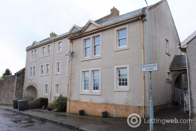 Property to rent in Broomgate Court, Lanark