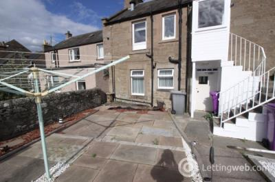 Property to rent in Dundee Loan, Forfar