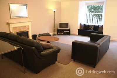 Property to rent in Forth Street