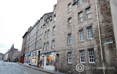 Property to rent in Canongate