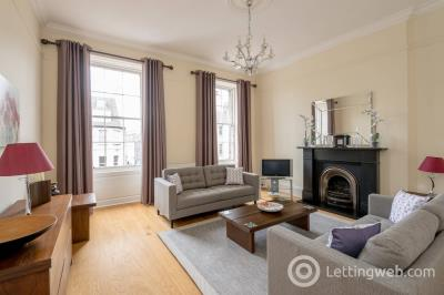 Property to rent in North Castle Street