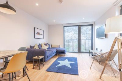 Property to rent in King Stables Road, Grassmarket