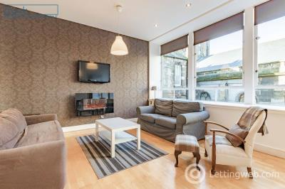 Property to rent in Chambers Street, Old Town